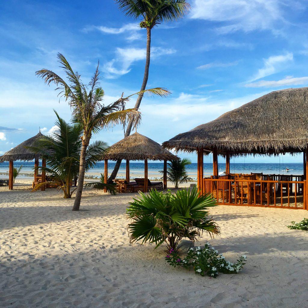 Privatstrand der Amihan Beach Cabanas