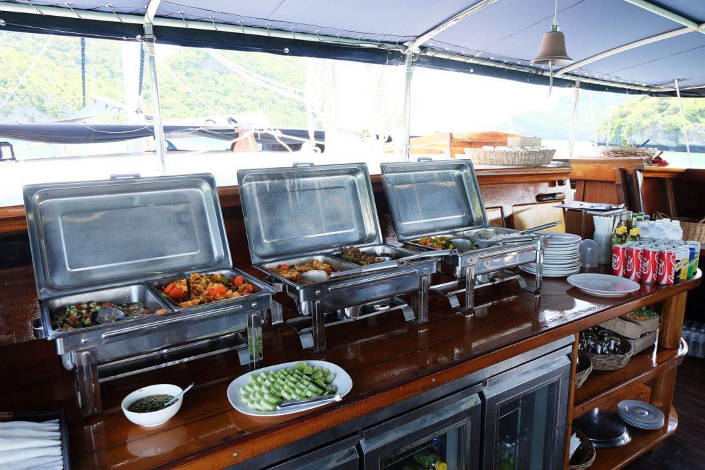 Thailändisches Mittagsbuffet