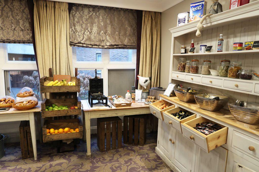 Frühstücksraum im Oakley Court Hotel