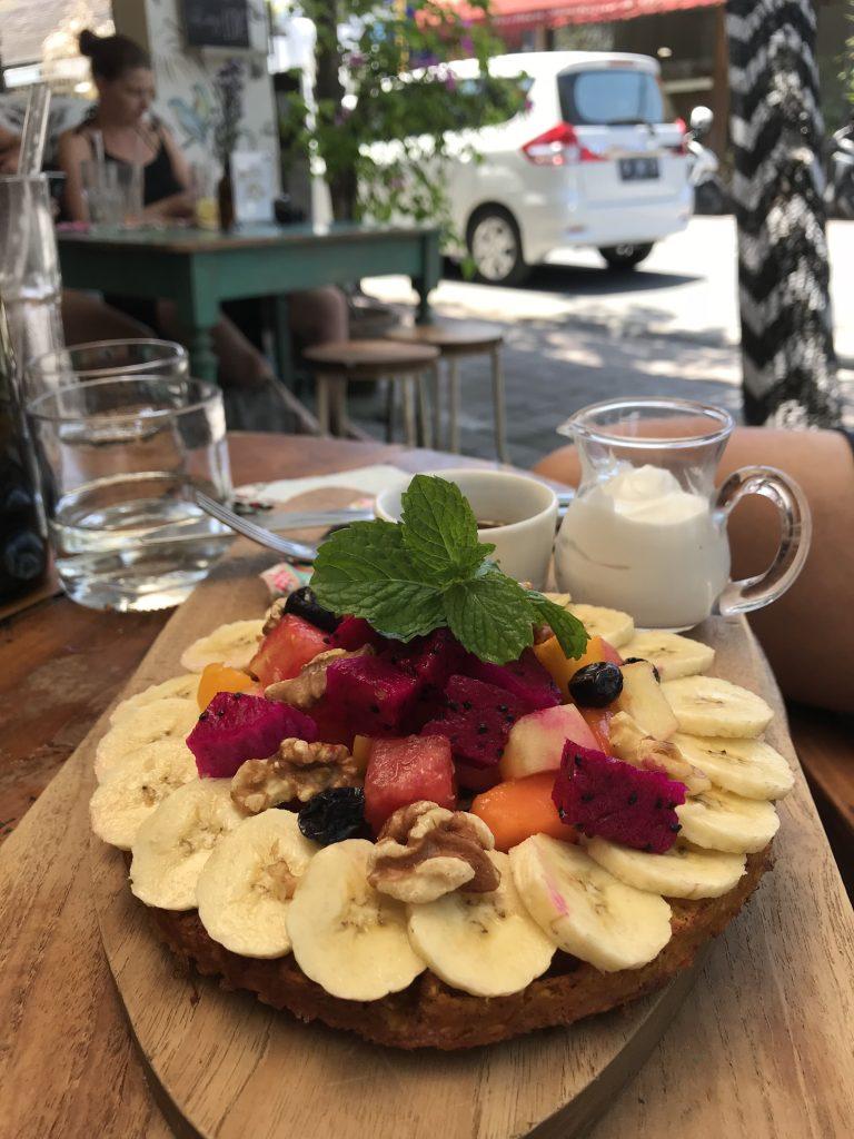Waffel mit Früchten