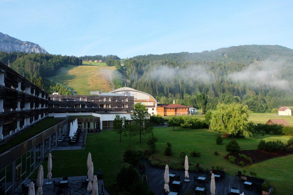 Hotel mit Seilbahn-Station